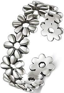 Silver Daisies Toe Ring
