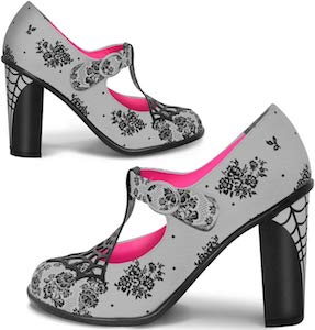 Spiderweb Pumps